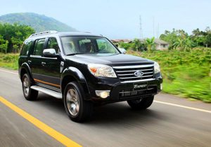 cho-thue-xe-thang-ford-everest-12