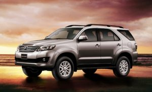 cho-thue-xe-thang-toyota-fortuner-v-12