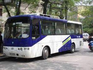 thue-xe-35-cho-don-tien-san-bay-8