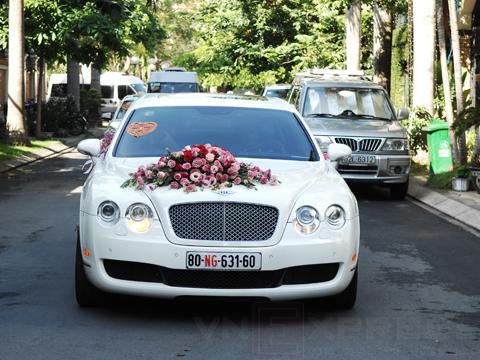 cho thuê xe cưới Bentley